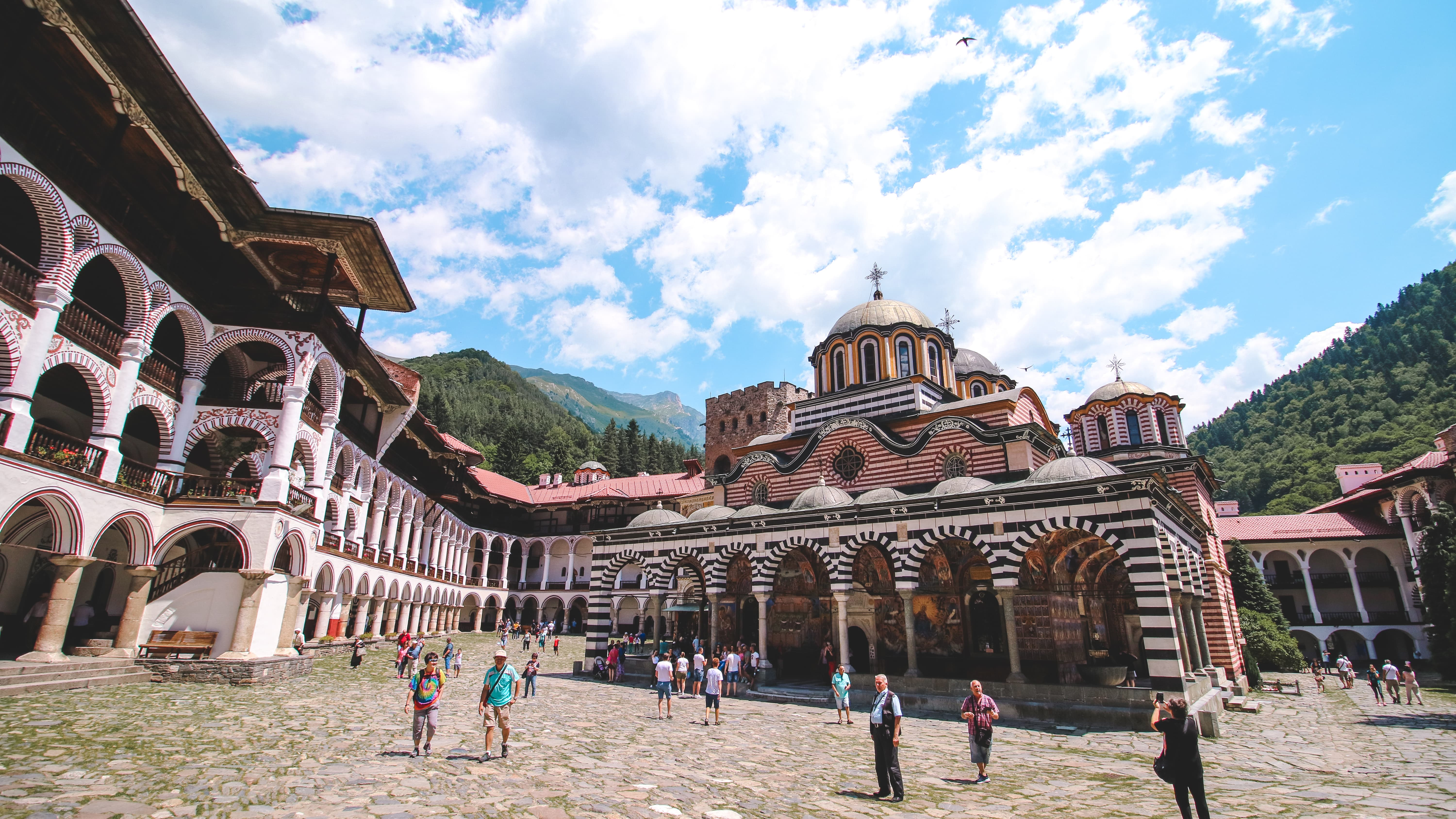 DISCOVER BULGARIA: BEST THINGS TO DO